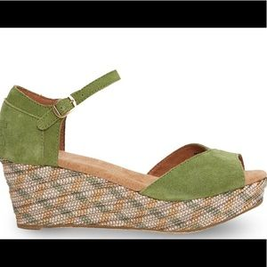 TOMS Green Leather Wedges